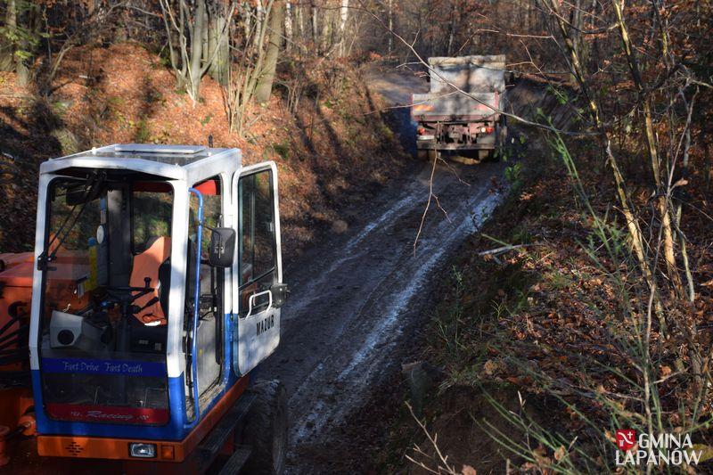 Oglądasz obraz z artykułu: Remont drogi Kobylec - Zagórzany