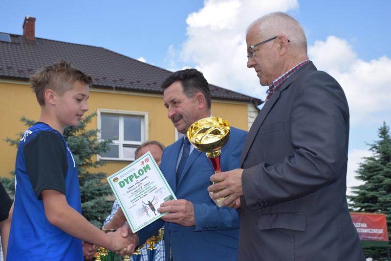Oglądasz obraz z artykułu: XXII Rejonowe Biegi Sztafetowe Szlakiem Walk Batalionów Chłopskich